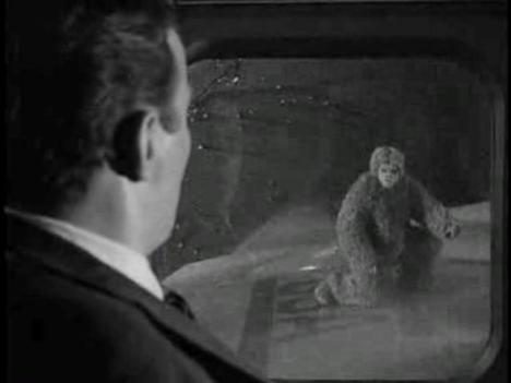 The-Twilight-Zone-Nightmare-at-20000-Feet-Bob-Wilson-12